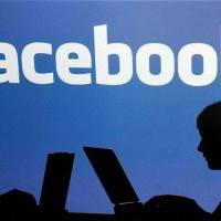 Billion people use Facebook in a single day