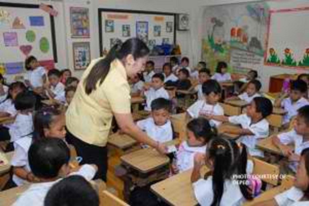 SAP Go backs salary hike of public school teachers